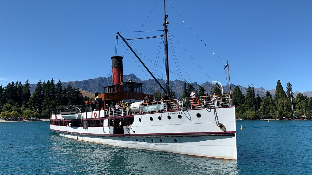 TSS Earnslaw pulling into its berth in Queenstown