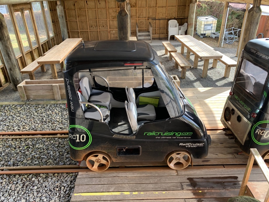 Railcruising cars